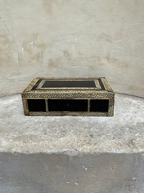 A good XVIII century Indian Visakhapatnam box.