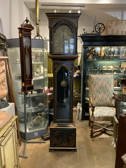 A standing clock from England XIX century, signed Thomas Moore London .