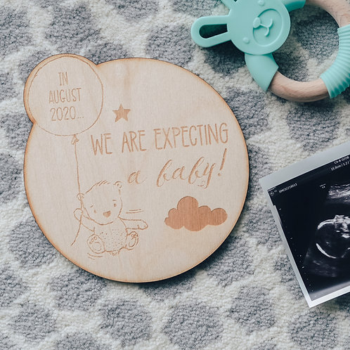 Pregnancy Announcement Wooden Keepsake Sign with Bear and Balloon