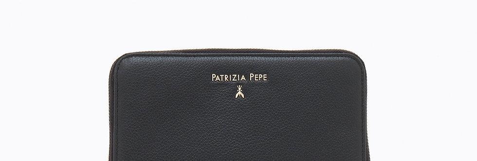 PATRIZIA PEPE PORTAFOGLIO ZIP AROUND IN PELLE MARTELLATA Art. 2V4879A4U8N