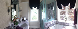 Exquisite bathroom
