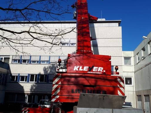 Krandienst Kranverleih Kranvermietung Baumfällungen Mobilkrane Autokrane und Arbeitsbühnen mieten in