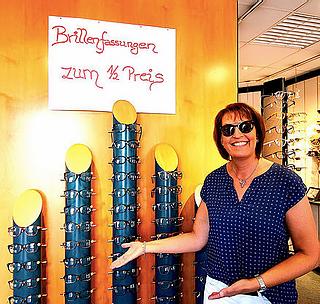 VISBEK macht Brillenfassungen zum halben Preis - Diekstall Optik - Uhren - Schmuck😎🕶👓   Seid ihr noch auf der Suche nach einer neuen Brille? Kein Problem! Diekstall Optik - Uhren - Schmuck bietet euch Brillenfassungen zum halben Preis an🥳 Zudem gibt es noch ein paar Sonnenbrillen mit 30% Rabatt😎 Natürlich nur solange der Vorrat reicht☝️  Schaut doch vorbei und überzeugt euch selbst🤔😉  Optik👓 - Uhren⌚️ - Schmuck💍  #visbek #optik #uhren #schmuck #diekstall