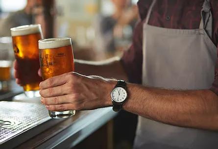 VISBEK macht Servicekräfte - Café Bremer Tor   Das Restaurant Bremer Tor sucht zu sofort oder später eine (erfahrene) Servicekraft für die Abendstunden ab 18 Uhr. Wöchentliche Arbeitszeit: 20 Stunden oder auch auf 450 Euro-Basis.   Arbeitszeiten werden individuell abgesprochen.
