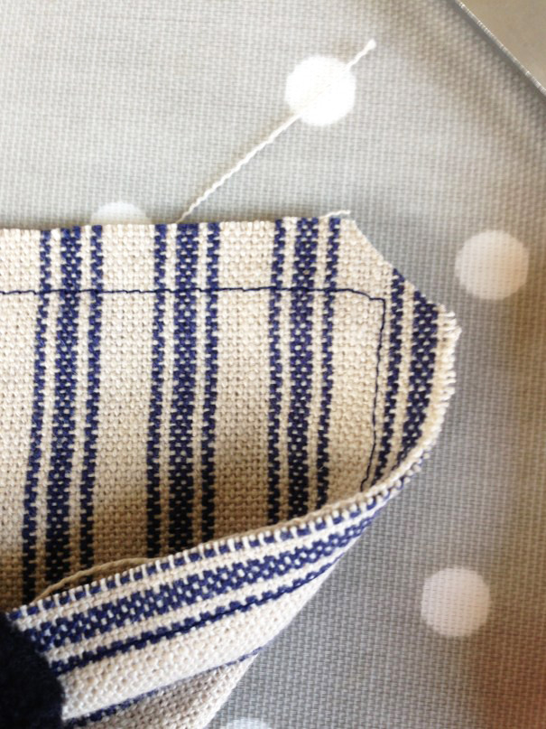 how to sew a glasses case