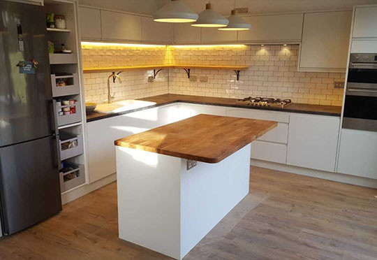 Henry Carpentry and Build Ltd