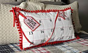 pillow calender xmas.jpg