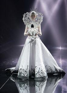 fashion-show-1746619_1920.jpg