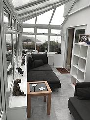 Guest Lounge 3b.jpg