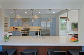 An kitchen counter