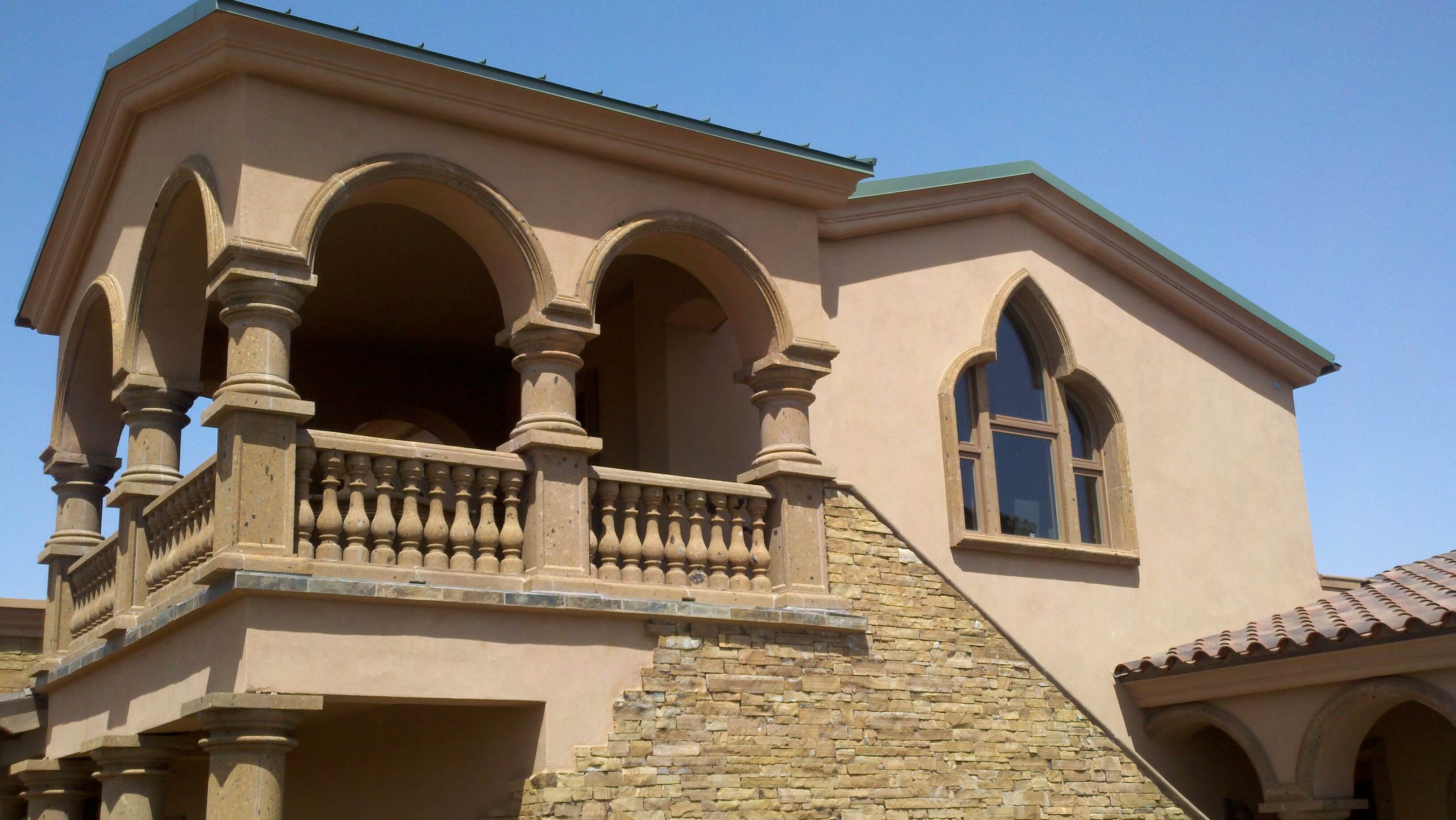4-Transitional-Mediterranean-Balcony-Balustrade-Railing-System-with-pier-cap-posts-in-Tobacco-canter