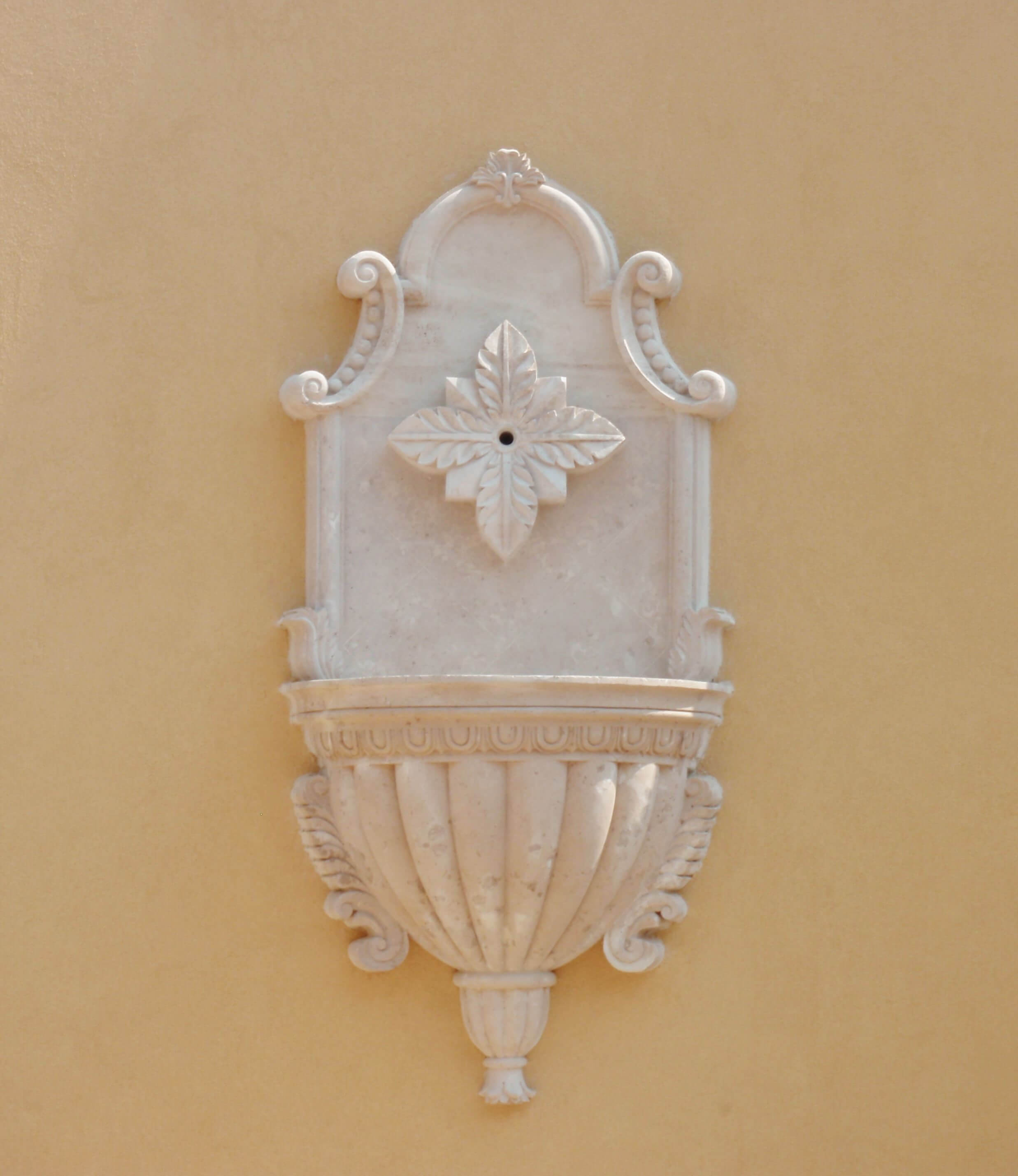 4-Wall-Sconce-Fountain-with-Decorative-Scupper-in-Limestone