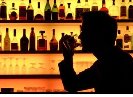 Niyə bəzi insanlar alkoqolizmə daha meyllidir ?