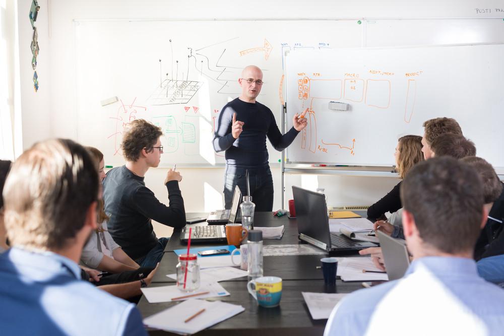 Phát triển kỹ năng về kỹ thuật và công nghệ thông tin là xu hướng chung của doanh nghiệp