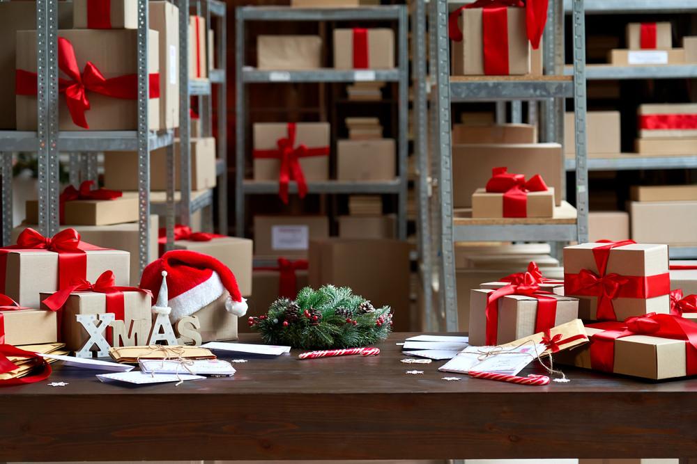 Nhà sản xuất đồ uống thuê thêm kho cho dịp Giáng sinh