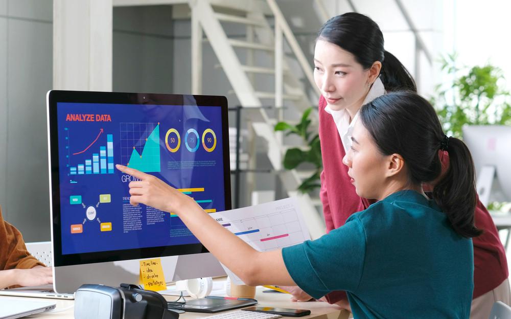 Phân tích dữ liệu giúp các nhà lãnh đạo nắm bắt những thay đổi của thị trường và khách hàng