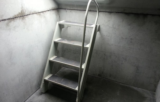 Slope Front Storm Shelter Stairs (Interior)