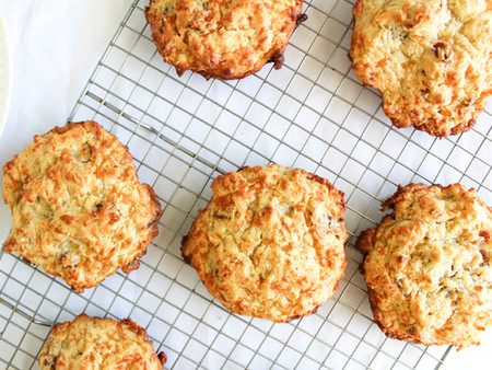 Magnolia Bacon and Gruyère Drop Biscuits (with little adaptations!)