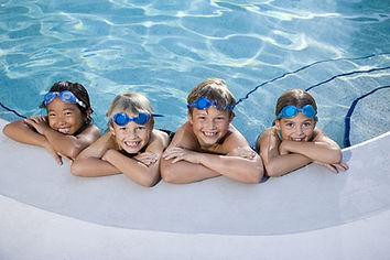 Fun dans la piscine
