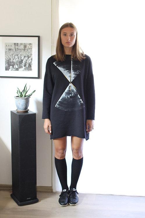 Black printed sweatshirt dress