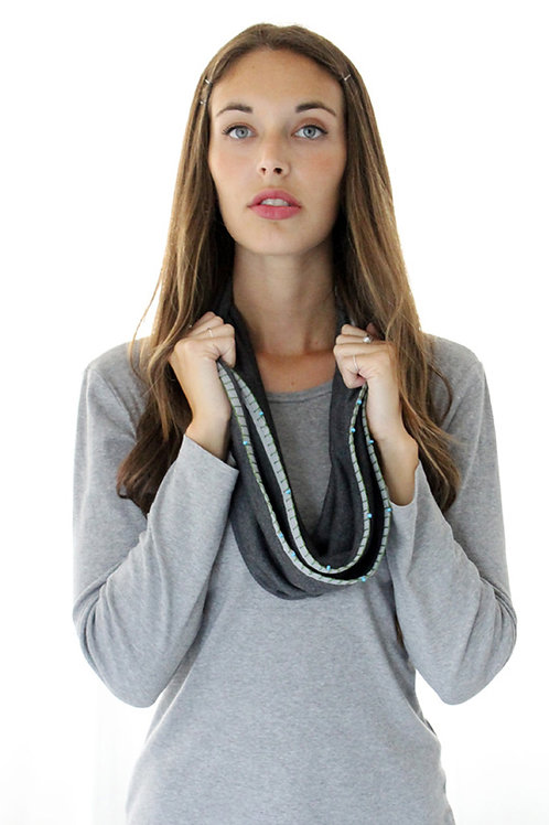 Grey scarf & Turquoise beads