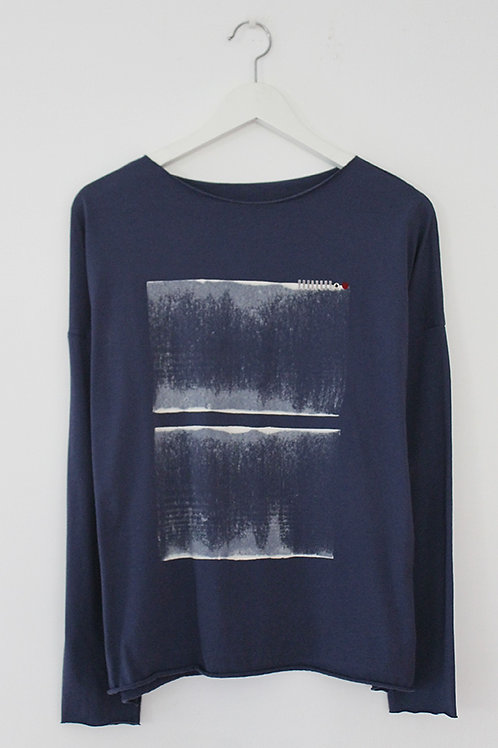 Blue T-shirt with abstract Print