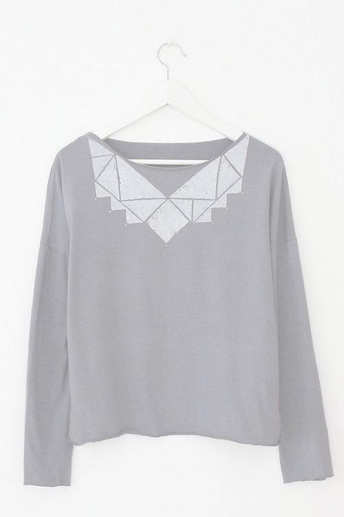 Used Grey & White Triangles Tshirt