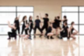 青少年ダンスグループ