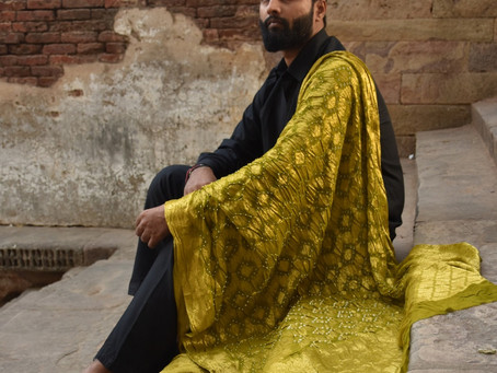 Bandhani Dupattas And Sarees of Gujarat: Art Of Tying Knots & Dyeing Fabric.
