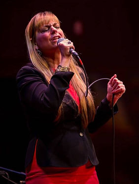 Photo - Professional Shot by Victor Nechay - Singing in _Soul To Soul_ Jan. 17, 2016 at Mu