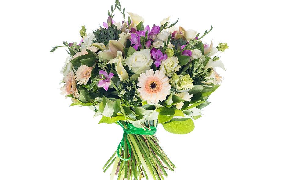 Sweet Cream Bouquet Dream