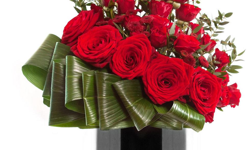 Rose and Hypericum Vase Arrangment (one vase)