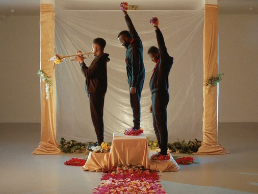 Aaron Taylor - Flowers