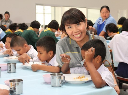 4Life Thailand Benefits the Foundation for the Blind