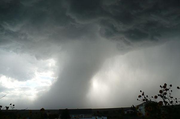 tornado-459265__480.jpg