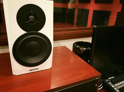 Vocal / Dubbibng Studio