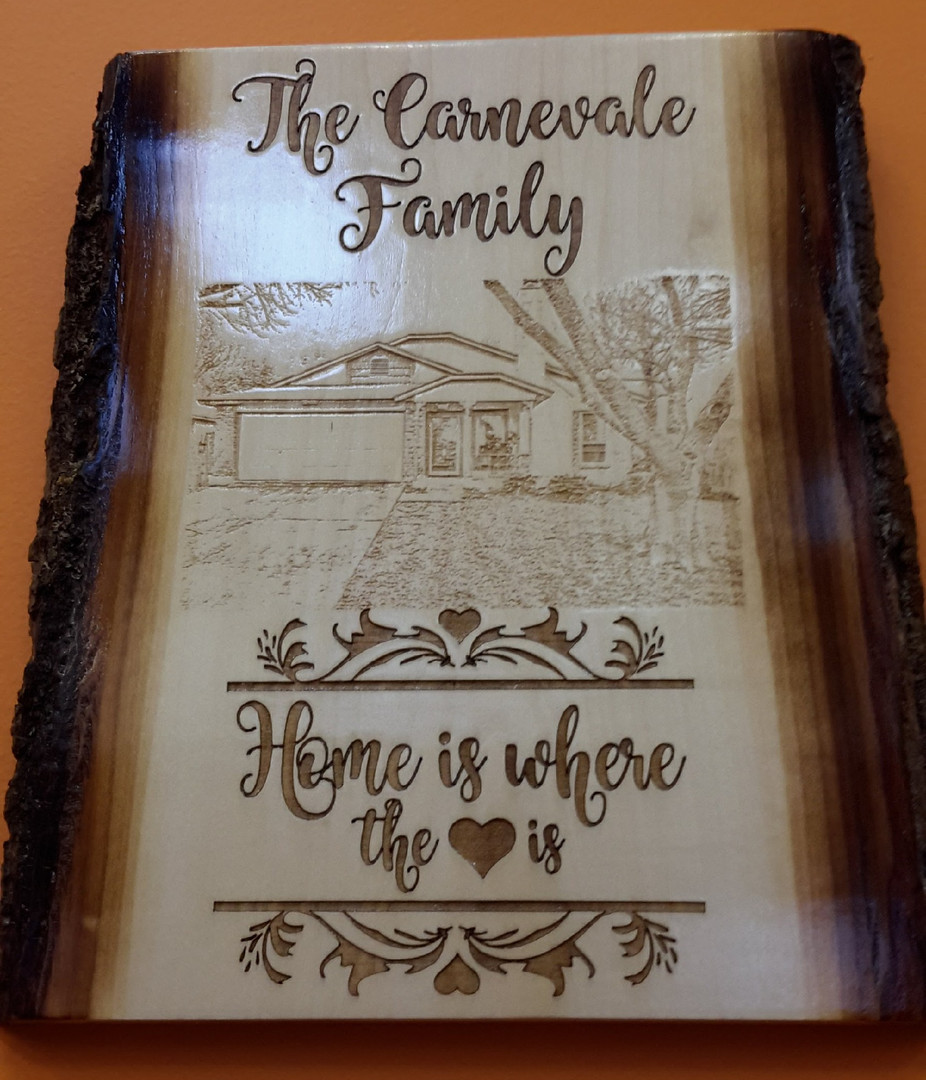 FamilyName-HomePhotoPlaque2_edited.jpg