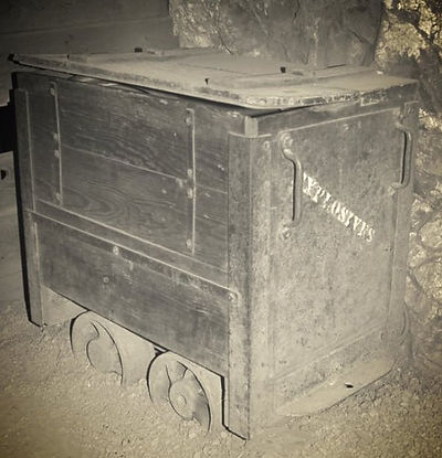 Powder car inside The  Queen mine tour