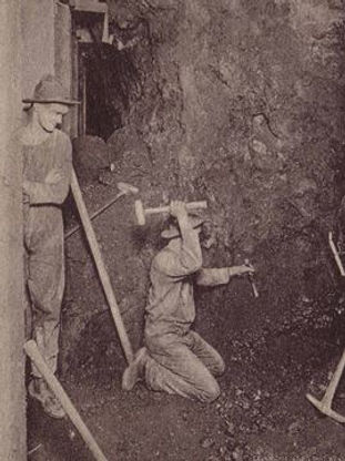 miner single jacking Bisbee circa 1900