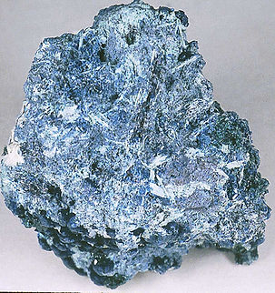 Bisbeeite (type specimen) replacing shattuckite