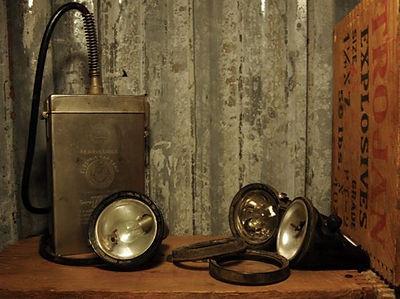 Edison Model K electric cap lamp