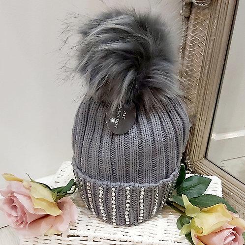 Dimonte Trim Bobble Hats