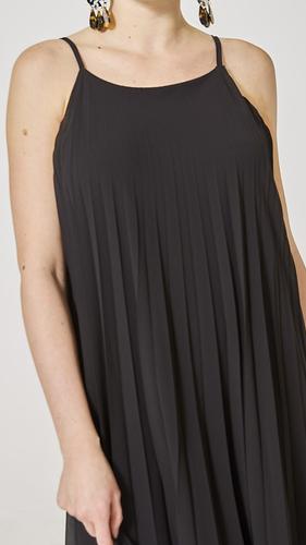7b6f39fb1074 Black Pleated Spaghetti Strap Midi Dress
