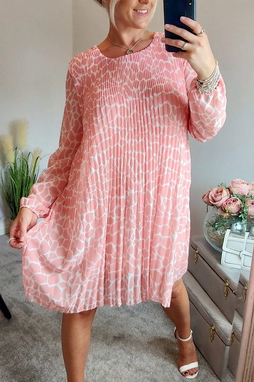 Long Sleeve Smudge Pleated Midi Dress In Peach