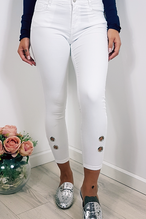 Cropped Denim Hole Detail Jeans In White
