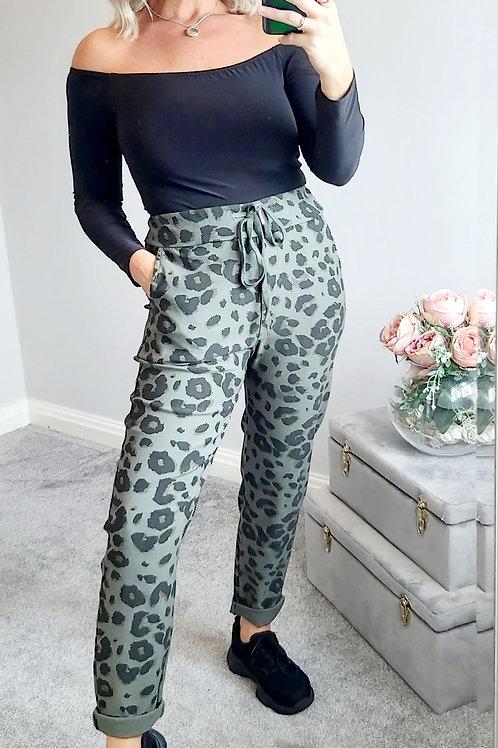 Khaki Stretch Cropped Joggers in Leopard Print