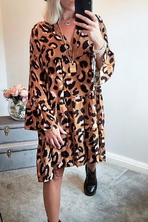 Oversized Leopard Print Smock Dress In Brown