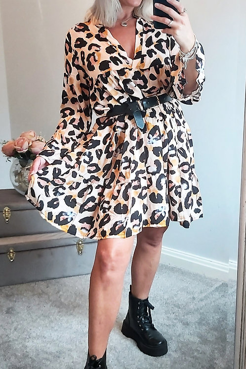 Floaty Leopard Print Smock Dress In Peach