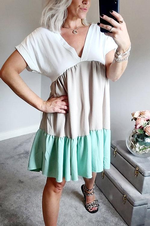 Block Smock Dress In White Beige & Green
