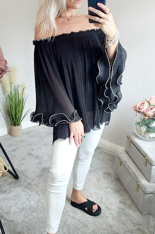 Off The Shoulder Pleated Top In Black
